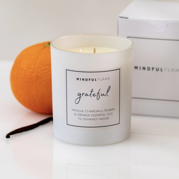 grateful wellbeing candle